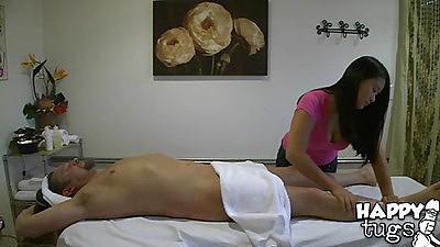 Happy tugs with Kiwi  doing a nice massage
