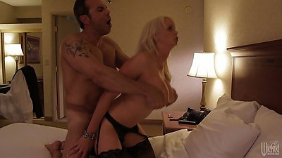 Horny big tits nympho milf Stormy Daniels fucked with legs way up
