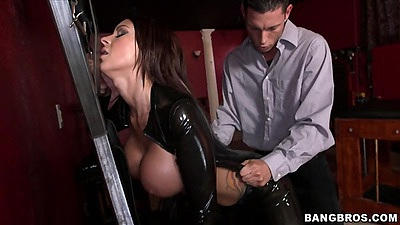 Dominatrix and standing fuck with a blowjob Brook Ultra in bdsm