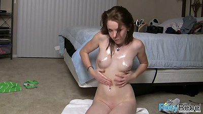 Riley Rebel all oily and damn she wants it
