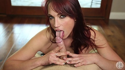 Blowjob with smiling girl Nikki Hunter redhead