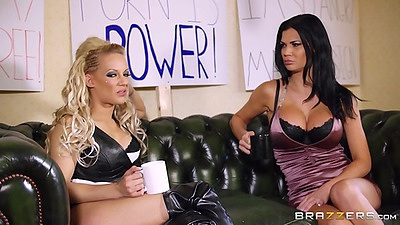 Jasmine Jae and Loulou lingerie girls that suck dick in court