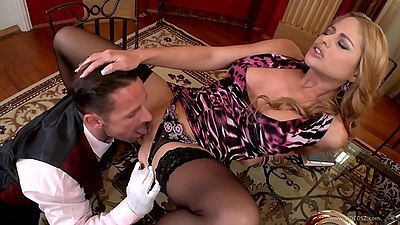 Fingering class fuck with lovely maid Carmen